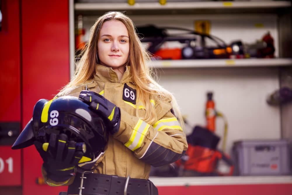 cuanto cobra un bombero